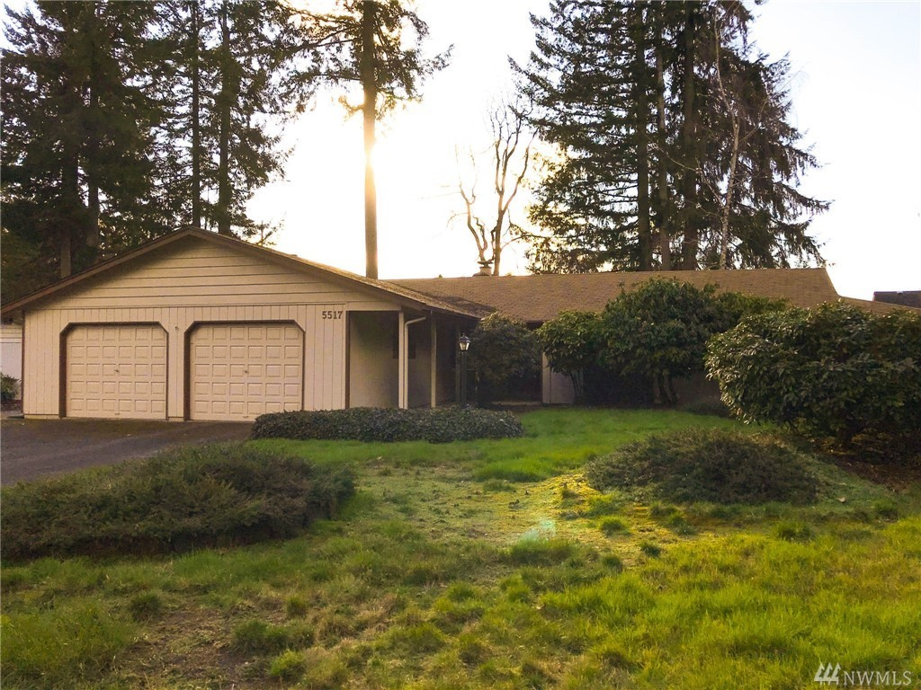 Photo of home for sale at 5517 Windemere Dr Se, Olympia WA