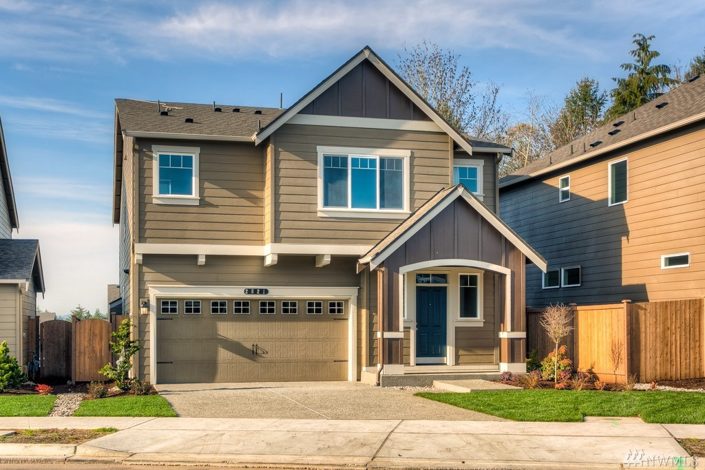 Photo of home for sale at 2821 Fiddleback St Ne, Lacey WA
