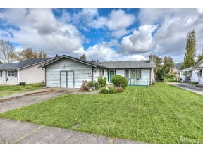 Property for sale at 611 Kansas St SW, Orting,  WA 98360