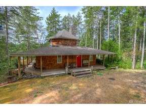 Property for sale at 3651 E Harstine Island Rd N, Shelton,  WA 98584